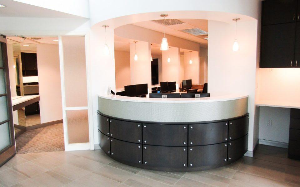 picture of reception desk